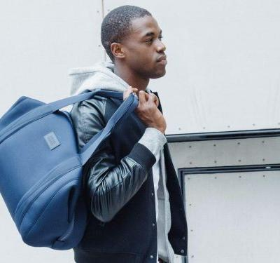 A popular handbag startup is behind the perfect office-appropriate gym bag for men and women alike
