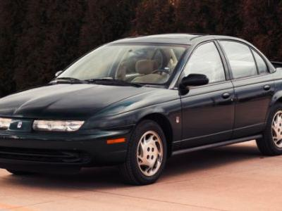 This 3,800-Mile Saturn SL2 Engineering Development Car Has A Nerdy History And I'm Obsessed