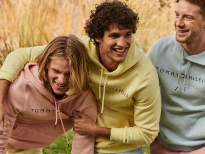 Pass the Pastels: Francisco Henriques, Race Imboden + More Model Spring Style for Macy's