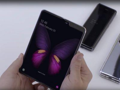 I just used Samsung's Galaxy Fold for the first time - here are 5 things that stood out to me the most