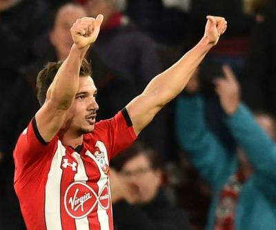 Arsenal sign Southampton defender Cedric Soares on loan