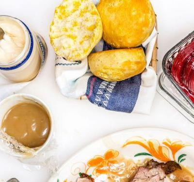 Here's How To Turn Holiday Leftovers Into The BEST Brunch
