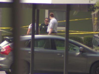 Man injured in shooting at apartment complex near UCF, deputies say