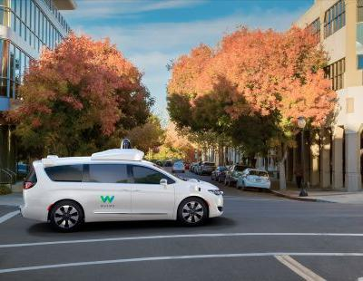 Waymo orders thousands of Chrysler vans for self-driving taxi service