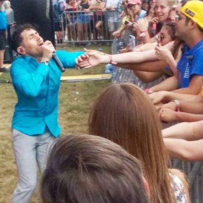 ACL Fest 2017: Dreamcar rides high with glam-punk energy