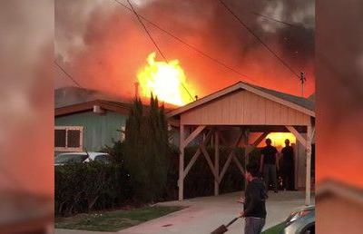 2 killed in San Diego after small plane crashes into house