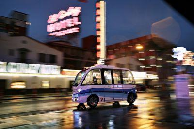 Driverless electric shuttle being tested in downtown Las Vegas