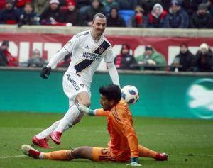 Zlatan Ibrahimovic scores, Galaxy edge Fire 1-0