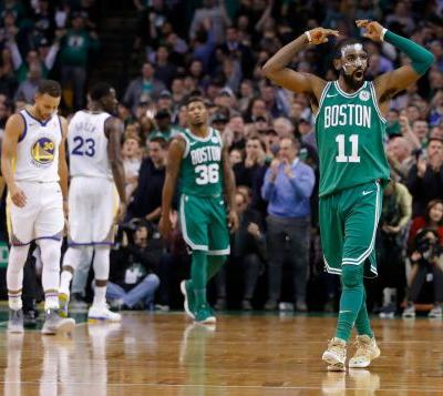 Boston Celtics rally past Golden State Warriors to win 14th consecutive game