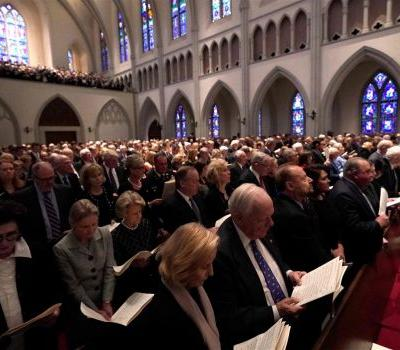 Bush funeral service begins at Houston church
