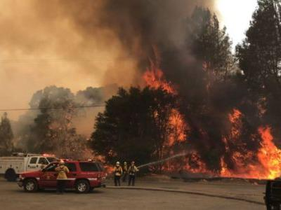 ​Red flag conditions fan flames across Northern California
