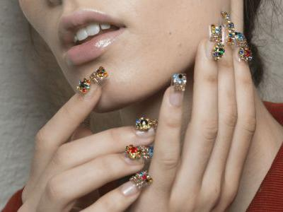 28 Manicures From New York Fashion Week That Will Convince You to Start Wearing Nail Art Again