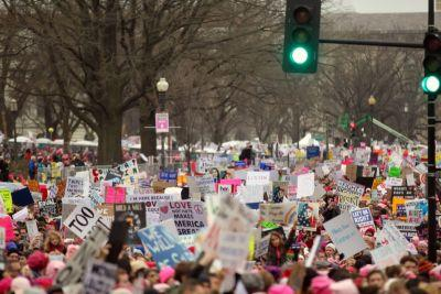 Ohioans of all stripes trek to Washington to march for women