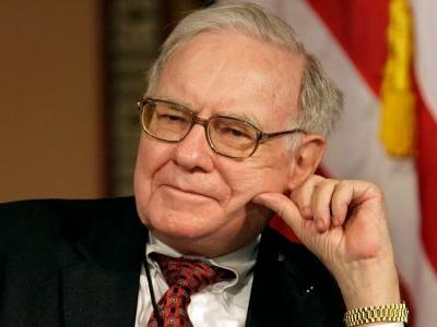 Warren Buffett's 'most gruesome mistake' was buying Dexter Shoe. Here's the story of his $9 billion error