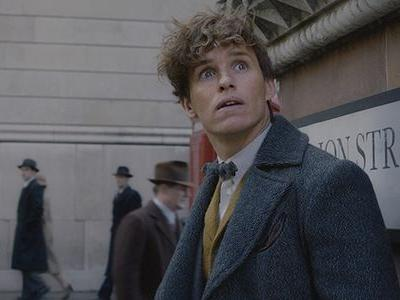 One Cool Thing Eddie Redmayne Got To Do In The Crimes Of Grindelwald He Didn't Do In Fantastic Beasts