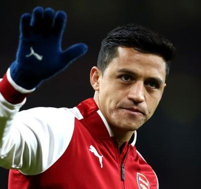 Alexis Sanchez not in Arsenal squad ahead of potential Manchester transfer