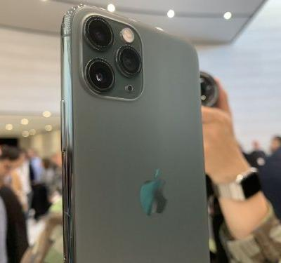 First iPhone 11 units appear to be shipping out from China