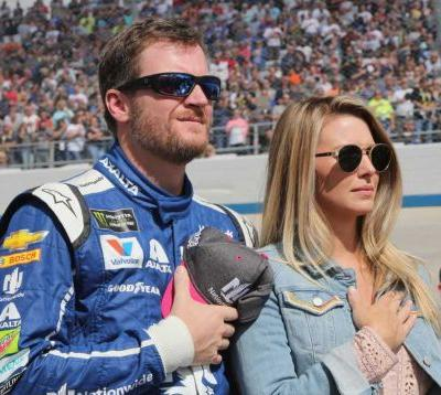 Plane carrying Dale Earnhardt Jr. and his family crashes in Tennessee