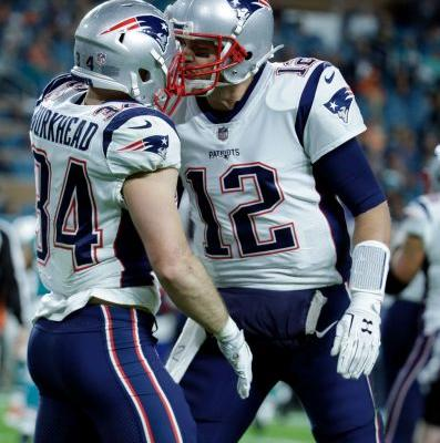 Brady struggles again in Miami, as Pats lose to Dolphins