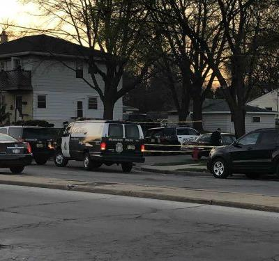 Woman, 25, shot, killed in car near 77th, Villard