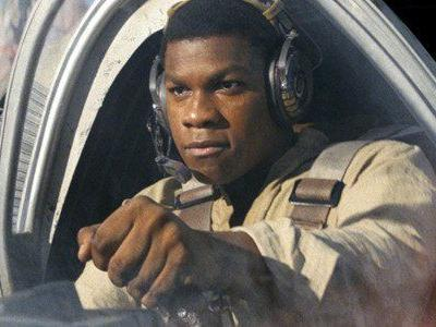 John Boyega Reacts to 'Star Wars: The Last Jedi' Spoiler on Live Television