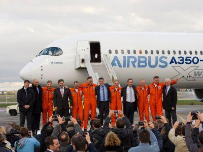 Airbus rallies late to take sales crown from Boeing