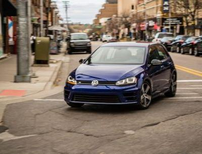 2017 Volkswagen Golf R In-Depth Review: The Adult-Approved Hot Hatch