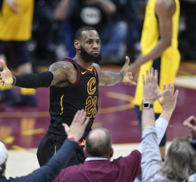 Watch Cleveland fans going nuts over LeBron shot