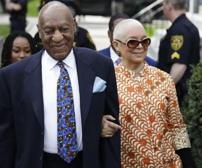 Cosby's long-suffering wife joins him for closing arguments