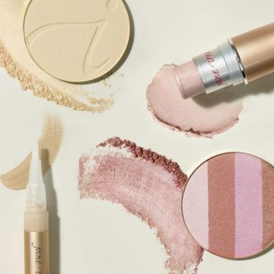 The Best Highlighter for Every Look