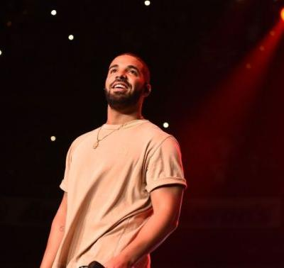 """Drake Says He Postponed Miami Shows Because He Was Sick, Not Due To """"Production Issues"""""""