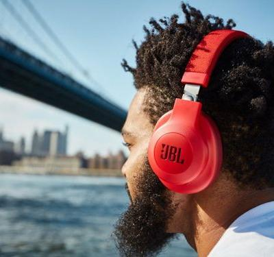 7 Cyber Monday deals on headphones that are still going on - from Bose to Beats