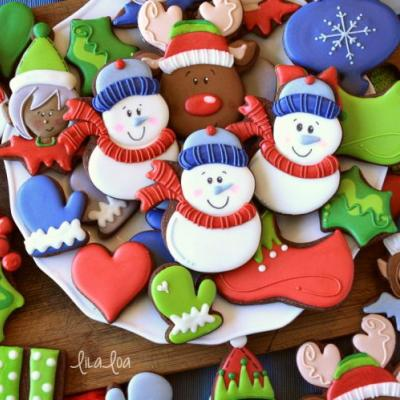 How to Make Decorated Snowman Sugar Cookies