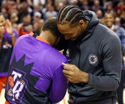 Clippers' Kawhi Leonard shows rare emotion in Toronto return