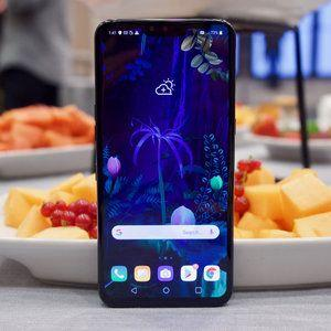 Hands-on with the LG V50 ThinQ and its. dual display case