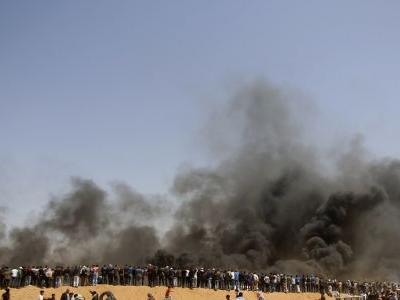 Gaza buries journalist who died after covering mass protests