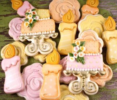 How to Make Dimensional Scribble Style Rose Cookies - with Sweet Kissed Confections