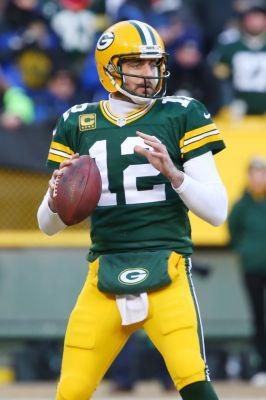 Aaron Rodgers completes another Hail Mary pass and Lambeau goes crazy