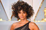 You Won't Be Able to Look Away From Halle Berry's Incredible Curls at the Oscars