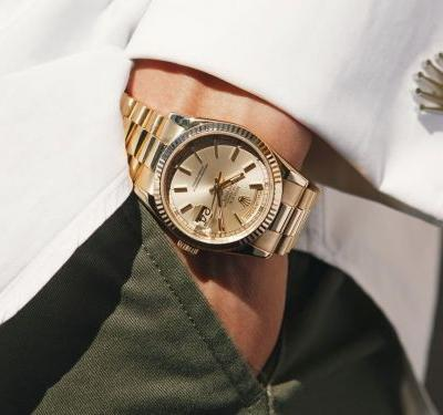 The world's first pre-owned Rolex retailer makes buying and selling high-end watches easy - here's how