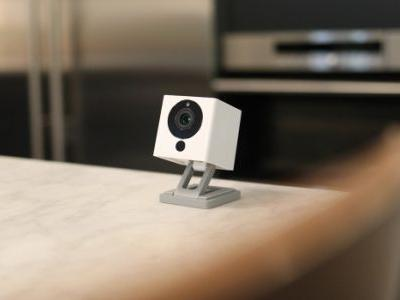 This $30 home security cam with 14 days of free cloud storage sells out every time we mention it