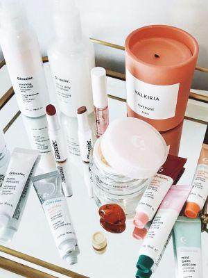 The 5 Glossier Products Every Blogger Uses on Repeat