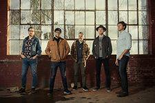 The Infamous Stringdusters Shine With 'Rise Sun' Title Track: Premiere