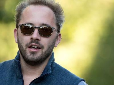 Dropbox CEO Drew Houston made $110 million in 2017 - and is on track to be Silicon Valley's newest billionaire after the IPO