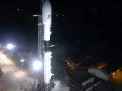 VIDEO: SpaceX rocket takes off for landmark mission to deploy satellites in global internet access effort