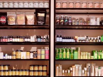 Learn What It Takes to Get a Niche Beauty Brand Off the Ground