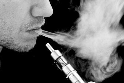 FDA's plans for low nicotine cigarettes could drive more people to vape