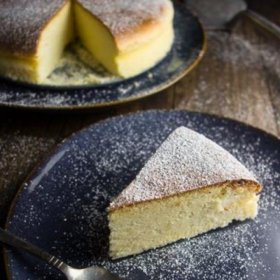 Light & Fluffy Japanese Cheesecake