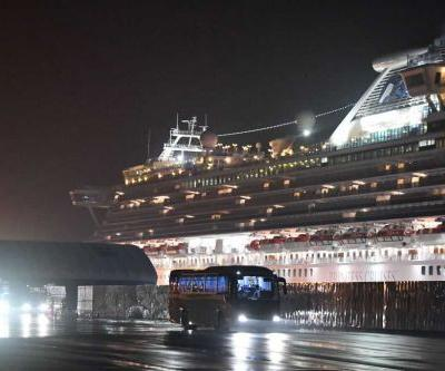 American evacuees from quarantined cruise liner in Japan going to Texas military base