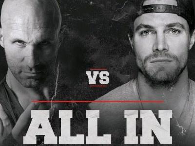 Arrow's Stephen Amell Sets Next Wrestling Match Against Christopher Daniels